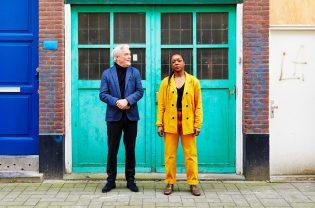 De zoektocht naar balans tussen het zakelijke en artistieke met Theater Rotterdam.